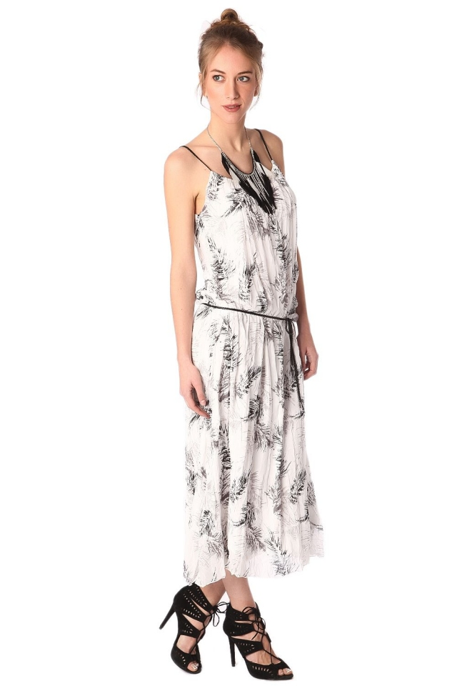 Vestido estampado longo com cinto branco