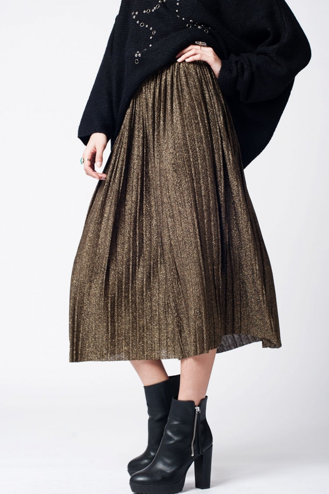 Black pleated skirt with lurex