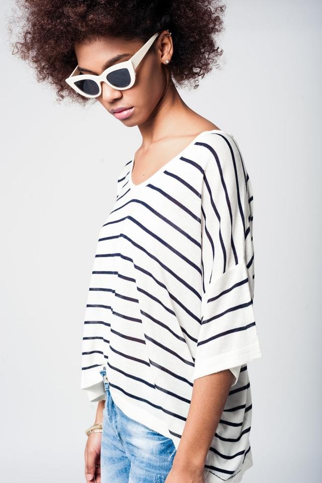 Camisa de manga curta assimétrico com listras em marinho