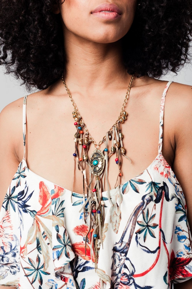 Multicolor necklace with a tassel