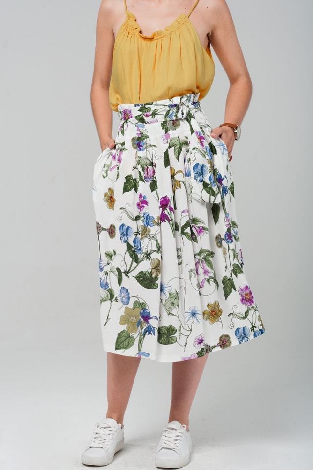 Midi saia branca com estampado floral em