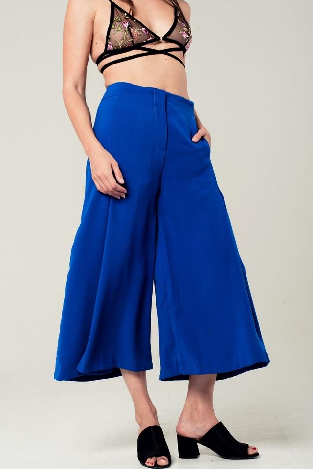 Culottes em azul elétrico