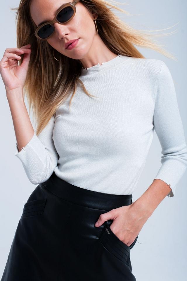 Suéter prata e brilhante