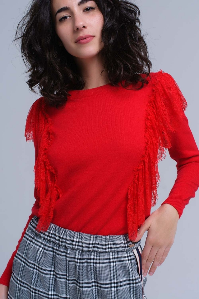 Suéter vermelho com babados de crochê