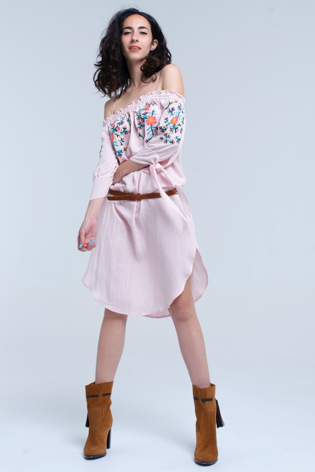 Rosa fora do ombro vestido midi bordado