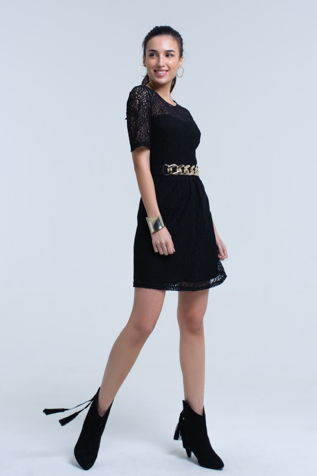 Vestido de manga curta de renda preta