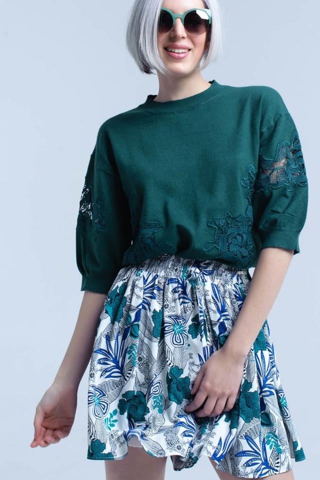 Camisa verde com detalhe bordado
