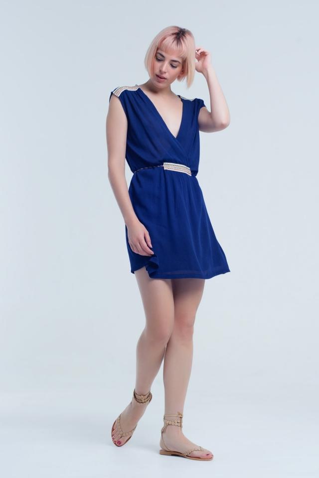 Mini vestido azul marinho com bordado