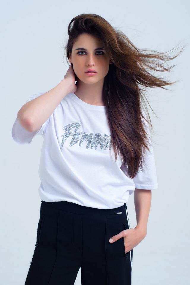 t-shirt branca com logotipo 'feminin' brilhante