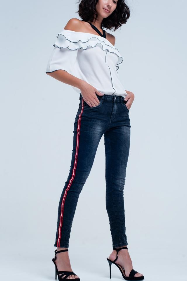 Calça jeans boyfriend preta com faixa lateral