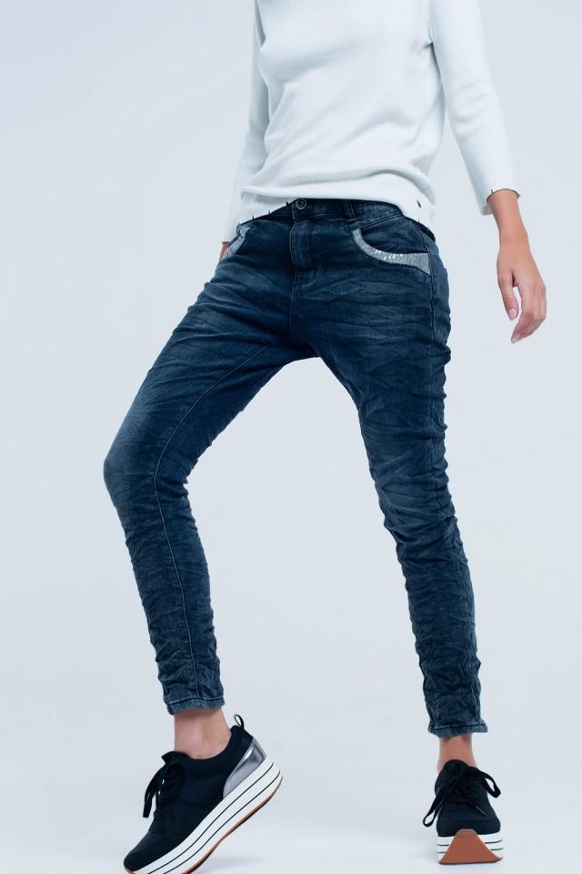Jeans Boyfriend com lantejoulas de prata