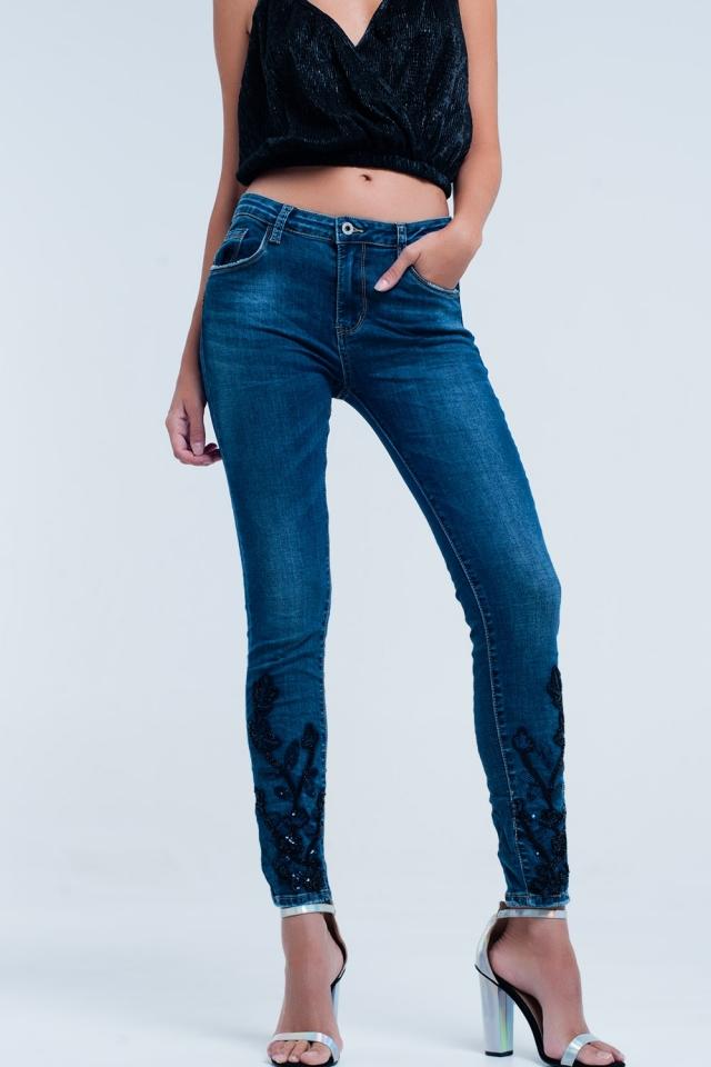 Skinny jeans azul com strass