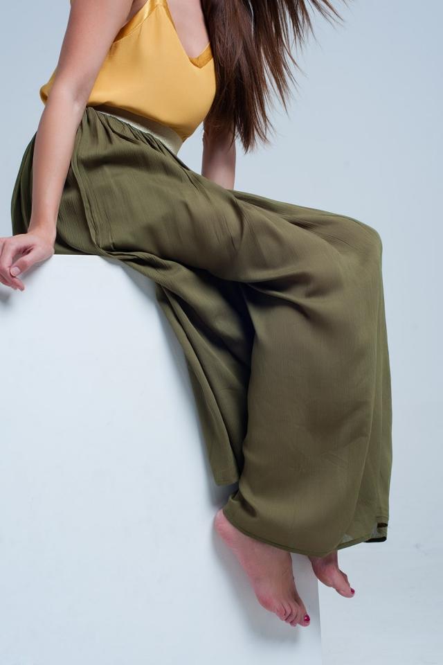 Saia longa verde com elástico na cintura