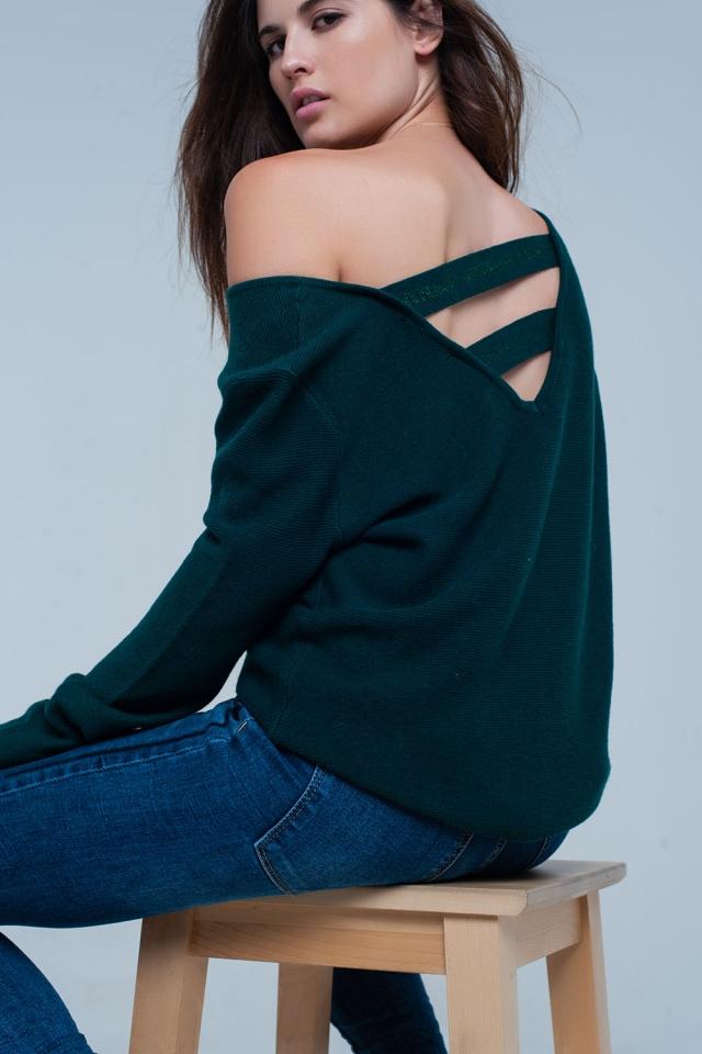 Camisola verde com tiras na parte de trás