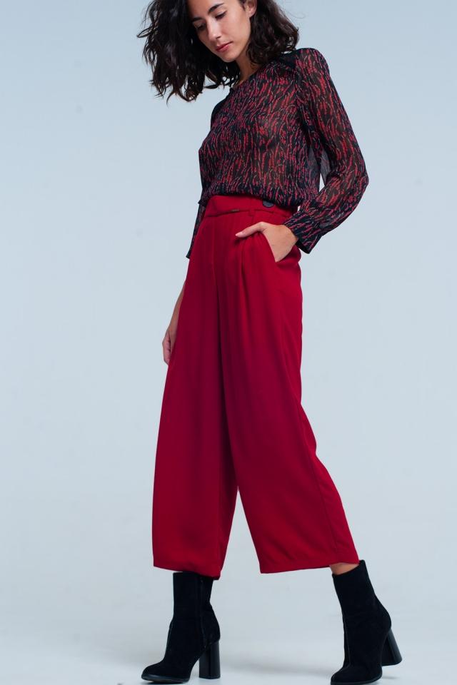 Culottes vermelha Perna larga com detalhe de cintura