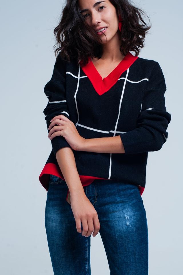 Camisola preta aos quadrados com decote em v e perfis vermelhos