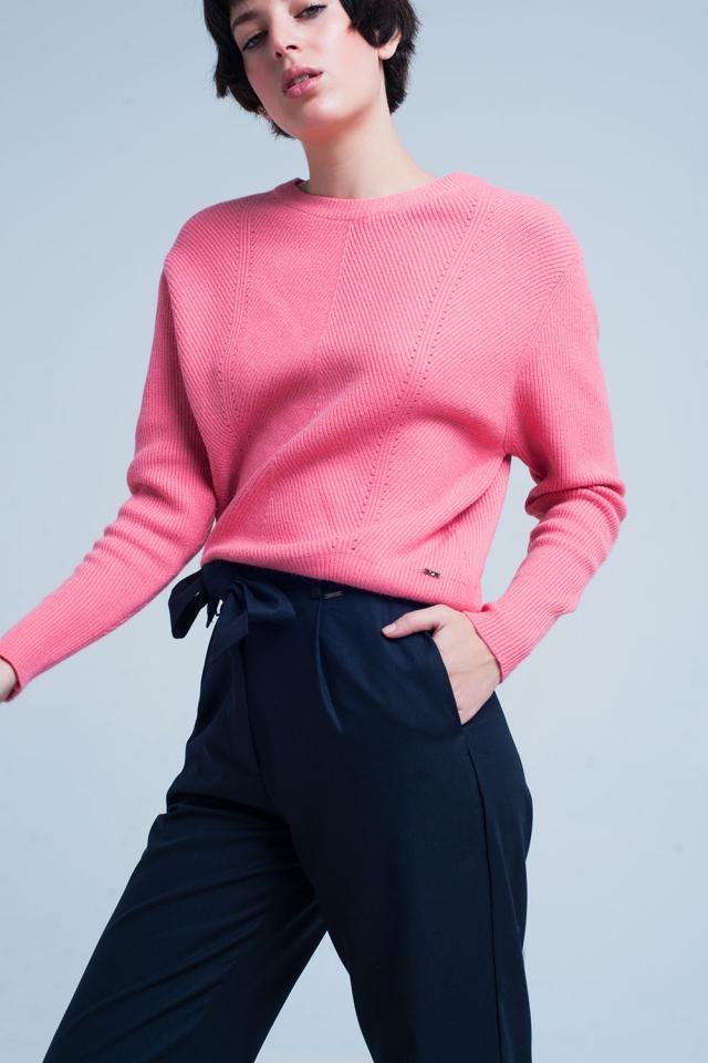 Camisola texturizada rosa com gola redonda motivo listrado