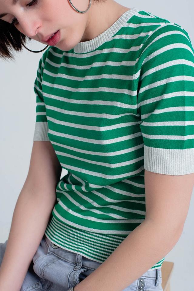 Camisola verde listrada com brilho de manga curta