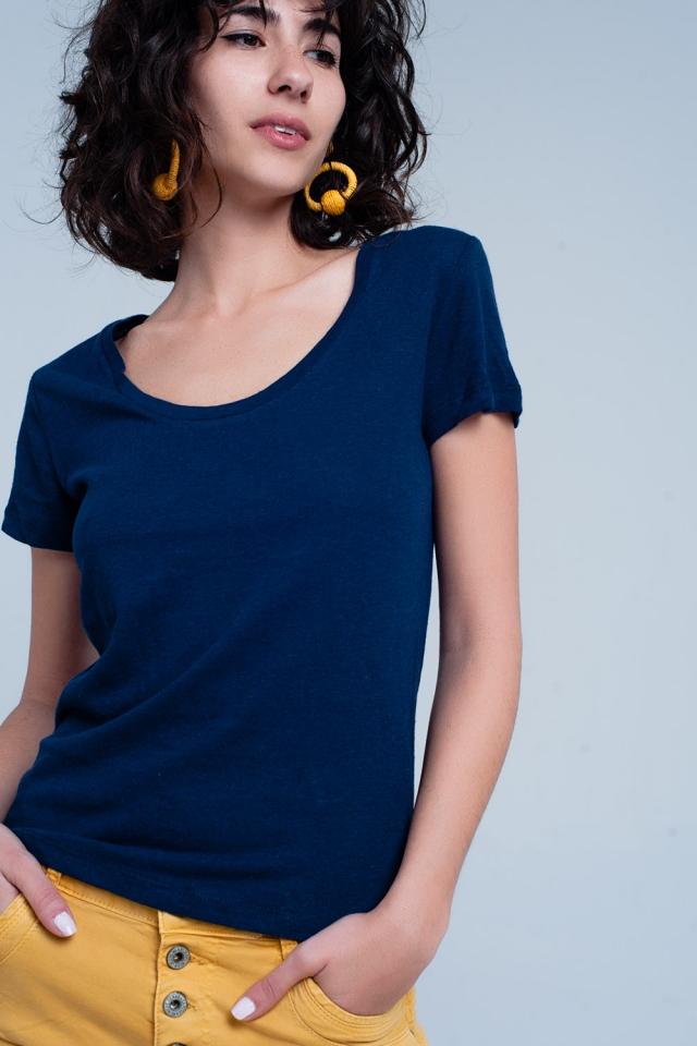 T-shirt cor da Marinha com decote largo