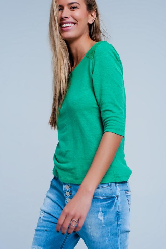 Top Verde com mangas 3/4 de suave e aplicação de crochê