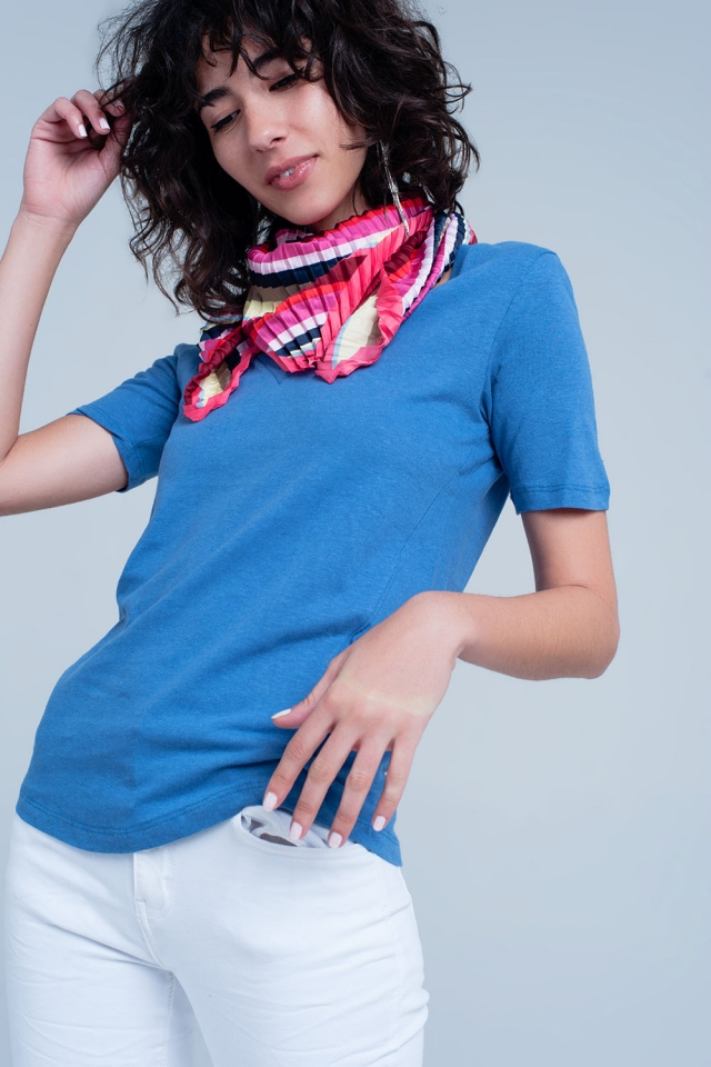 T-shirt Azul com decote em v