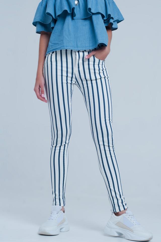 Calças de ganga skinny com listras azuis brancas e escuras branco e azul escuro