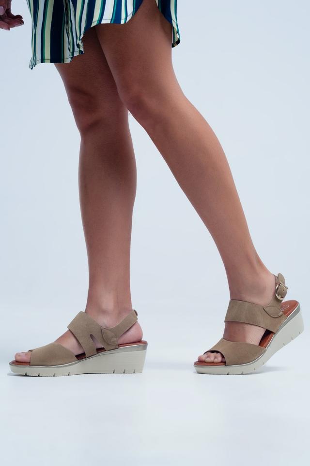 Sandálias de camelo