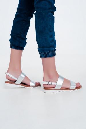 Sandálias de couro em prata