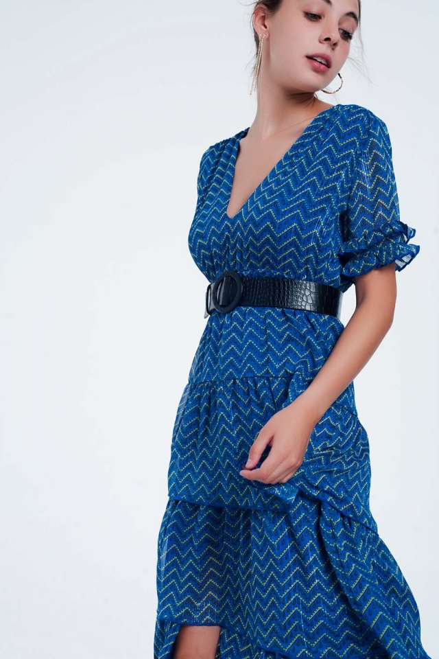 Vestido longo com babados em camadas em azul