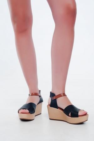 Sandálias estilo espadrille Cunha e couro preta