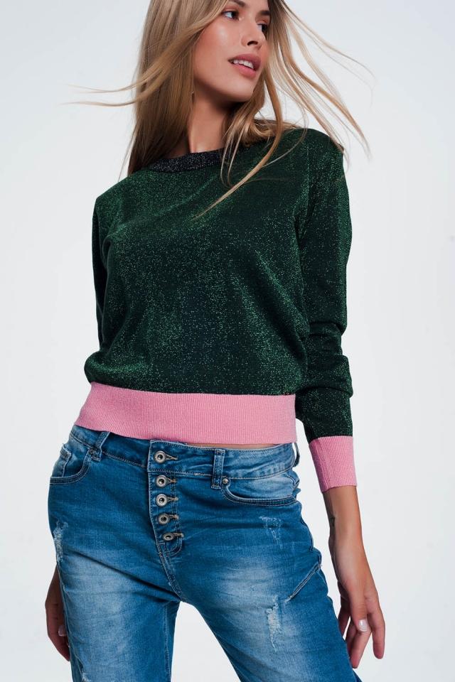 Camisola verde com listras cor de rosa