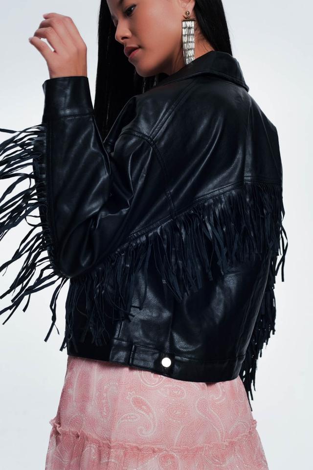 Jaqueta de couro com franjas