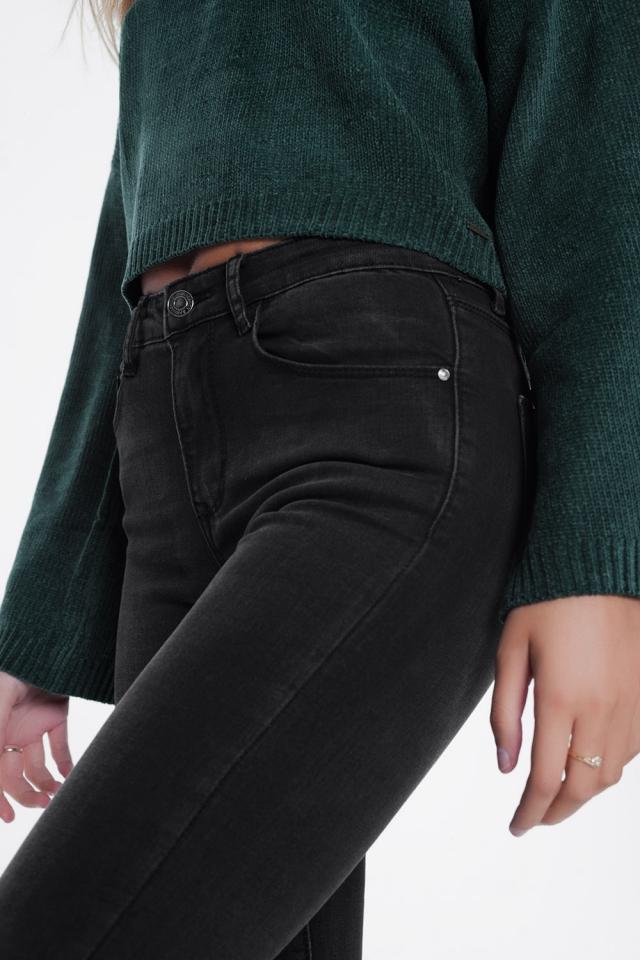 Calças de ganga com cintura alta em preto desgastado