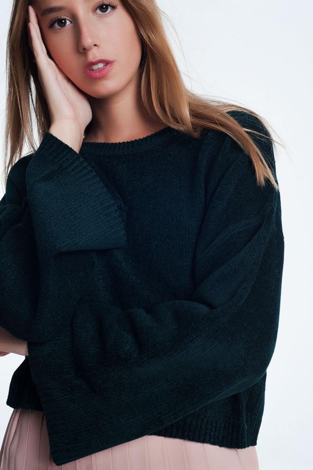 Camisola curta com manga larga em preto