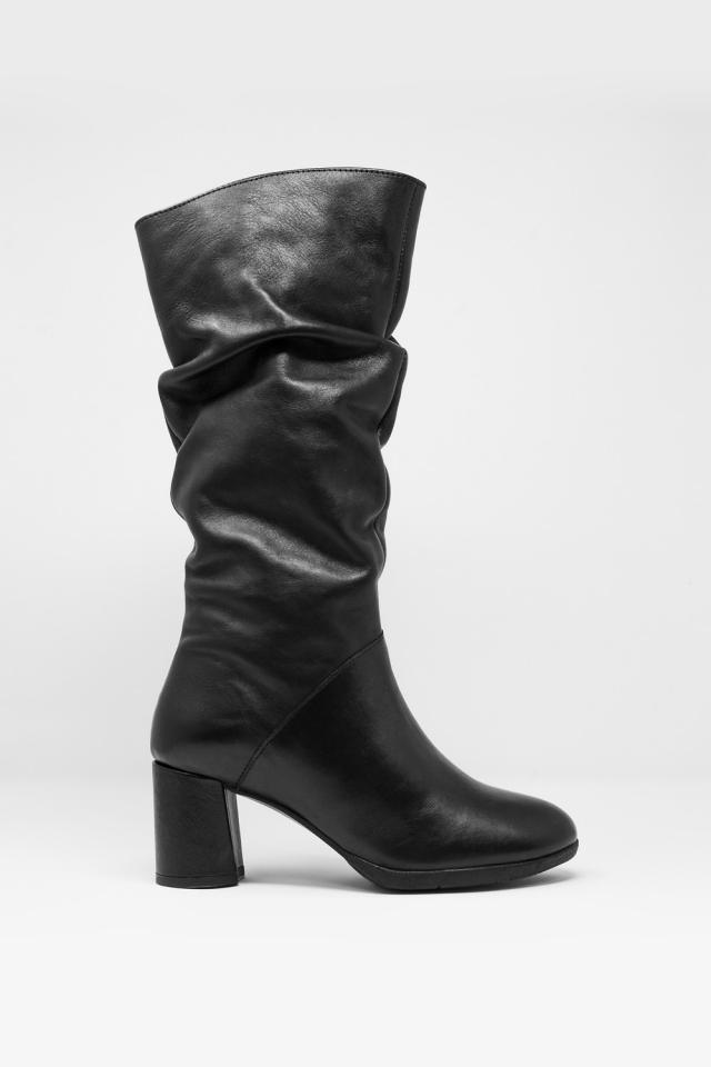 Botas meia cano preto