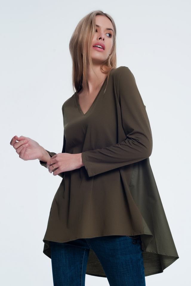 Long khaki t-shirt with long sleeves