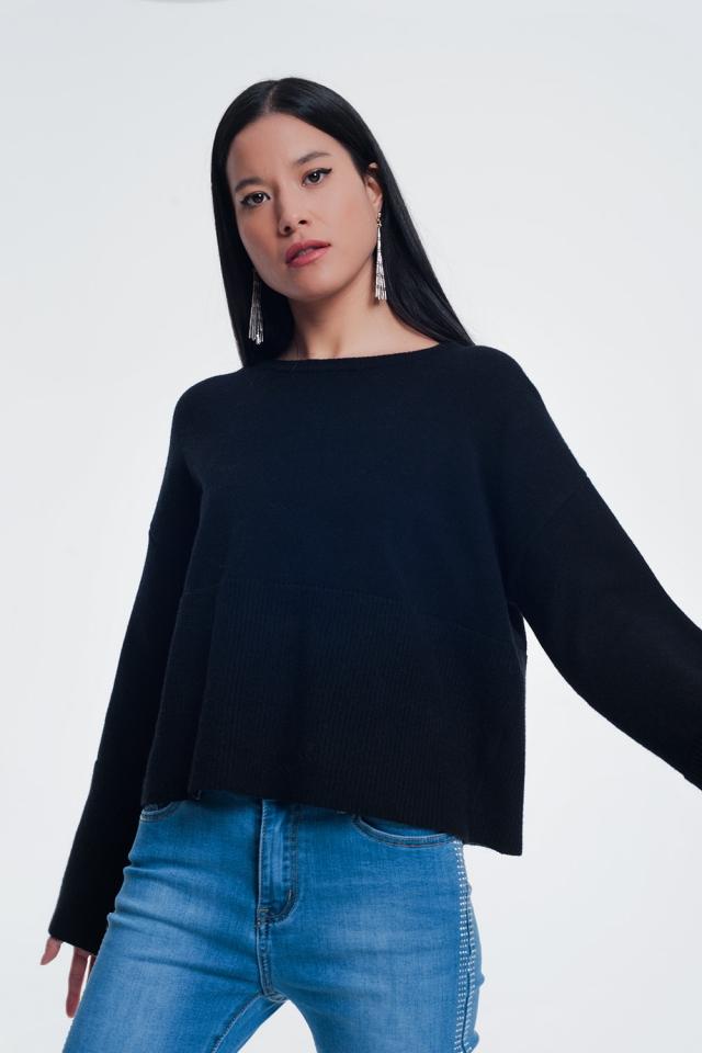 Camisola com detalhe de nervuras nas mangas cor preto