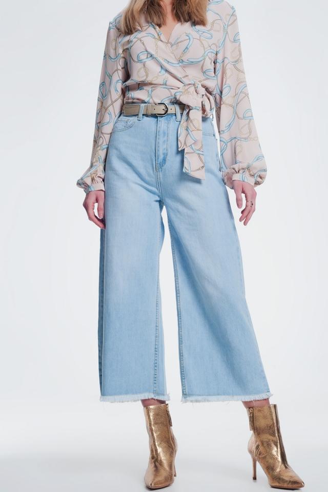 Jeans Culotte com bainha rasgada