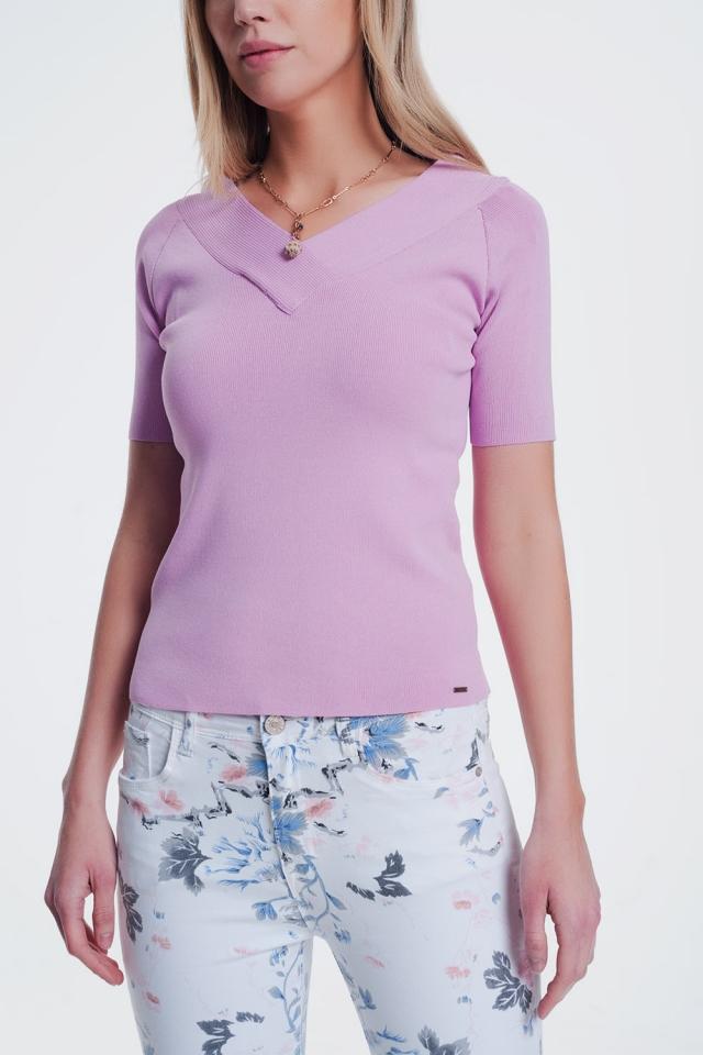 Camisola rosa com decote em V