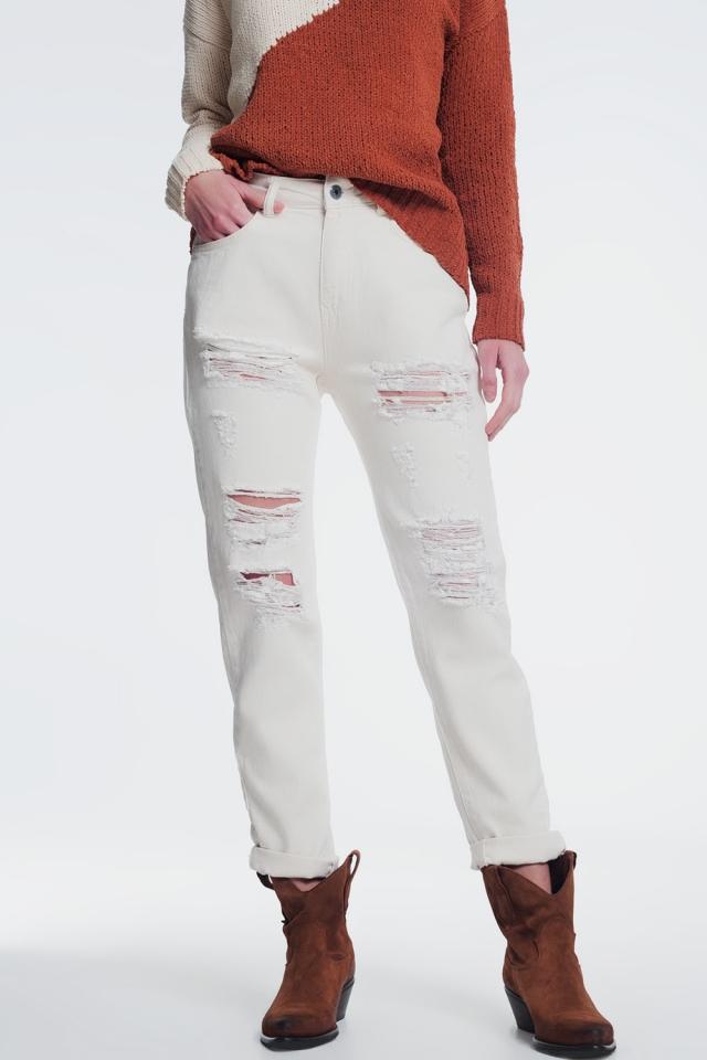 jeans rasgado namorado em bege