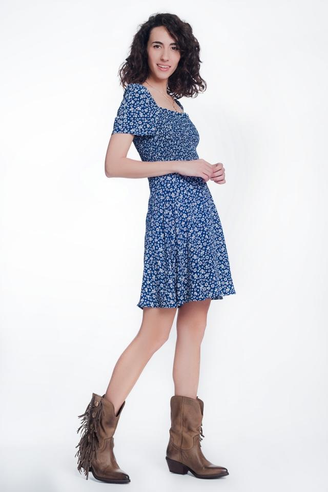 vestido frontal floral azul marinho