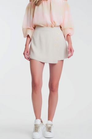 Shorts com botões