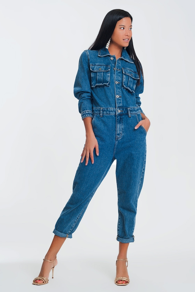 Macacão jeans lavado com botões na frente