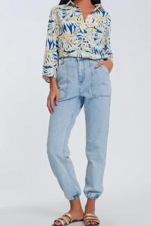 Jeans com bolsos ovóides azuis