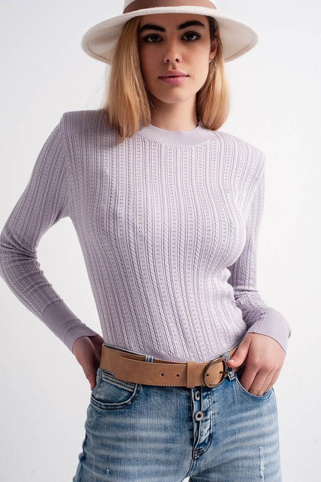 Camisola cor lilás com almofadas de ombro