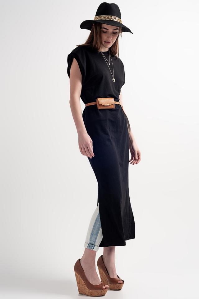 Vestido semi-longo com almofadas de ombro