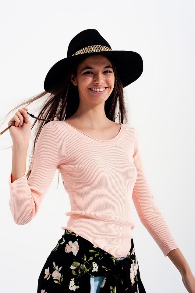Camisola rosa com decote largo
