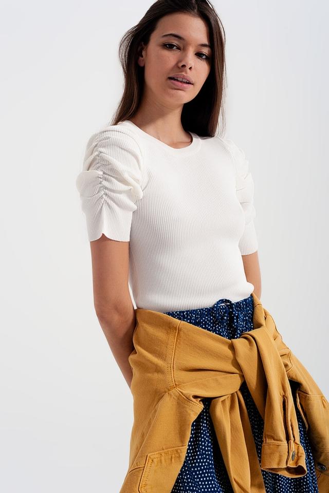 Camisola de malha com mangas de balão em branco