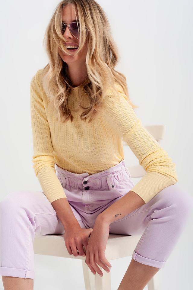 Camisola cor amarelo com almofadas de ombro