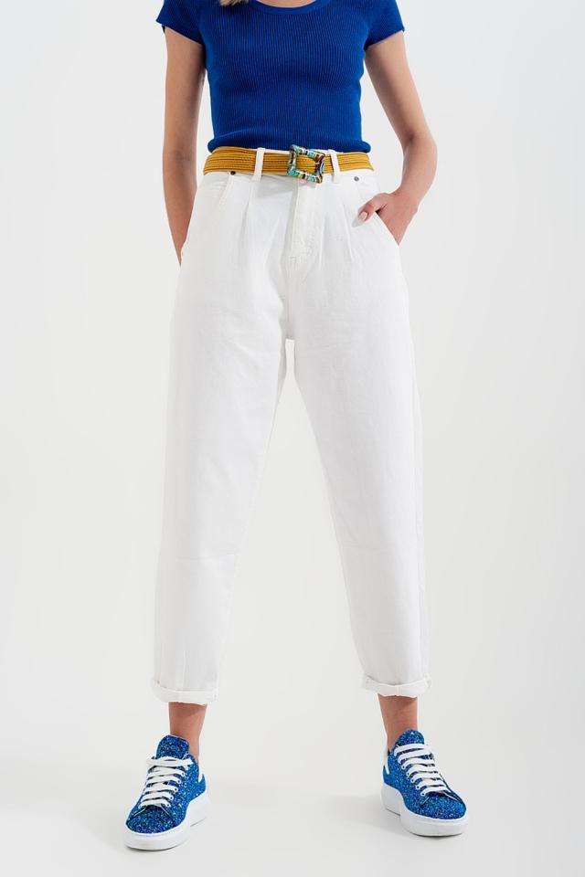 Calças de ganga de cintura alta com pregas na frente em branco